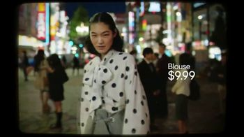 H&M Fall Collection TV Spot, 'Glam' Featuring Naomi Campbell, Song by Wham! - Thumbnail 7