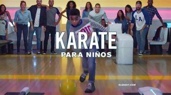 Old Navy Jeans TV Spot, 'Los mejores jeans de la partida' [Spanish] - Thumbnail 8