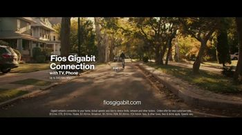Fios Gigabit Connection TV Spot, 'Good Neighbor' Featuring Gaten Matarazzo - Thumbnail 10