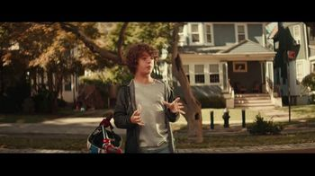 Fios Gigabit Connection TV Spot, 'Good Neighbor' Featuring Gaten Matarazzo - Thumbnail 5