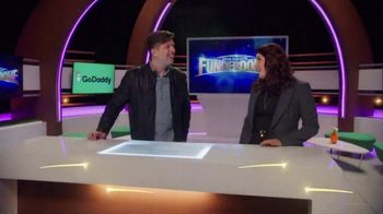 GoDaddy GoCentral TV Spot, 'ABC: Online Store Makes Selling Online Easy' - Thumbnail 2
