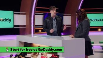GoDaddy GoCentral TV Spot, 'ABC: Online Store Makes Selling Online Easy' - Thumbnail 4