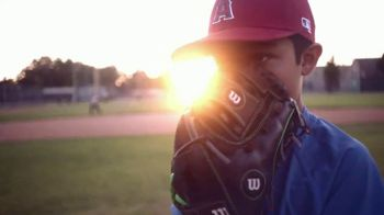 Major League Baseball TV Spot, 'Sigue poniéndole acento' [Spanish] - Thumbnail 9