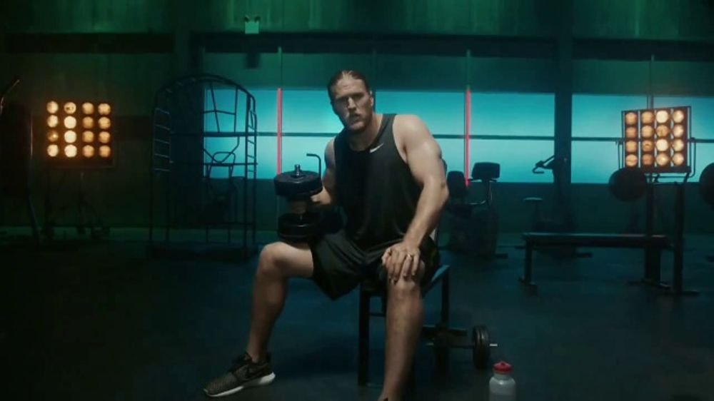 Jack Links Tv Commercial The Edge Muscles Featuring Clay
