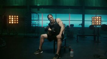 Jack Link's TV Spot, 'The Edge: MUSCLES' Featuring Clay Matthews - Thumbnail 3