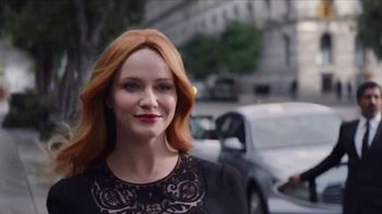 2017 Kia Cadenza TV Spot, 'Impossible to Ignore' Feat. Christina Hendricks [T1] - Thumbnail 6