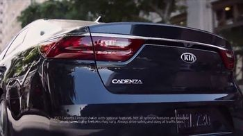 2017 Kia Cadenza TV Spot, 'Impossible to Ignore' Feat. Christina Hendricks [T1] - Thumbnail 8