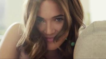 Garnier Nutrisse TV Spot, 'Most Impactful Change' Featuring Mandy Moore - Thumbnail 3