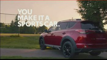 2018 Toyota RAV4 Adventure TV Spot, 'Sports Family' Song by FIDLAR - Thumbnail 8