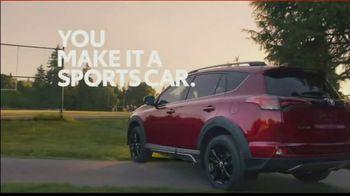 2018 Toyota RAV4 Adventure TV Spot, 'Sports Family' Song by FIDLAR [T1] - Thumbnail 8