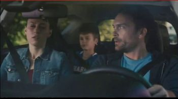 2018 Toyota RAV4 Adventure TV Spot, 'Sports Family' Song by FIDLAR - Thumbnail 5