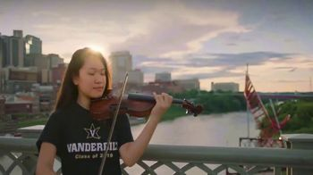 Vanderbilt University TV Spot, 'Vanderbilt University Connects' - Thumbnail 6