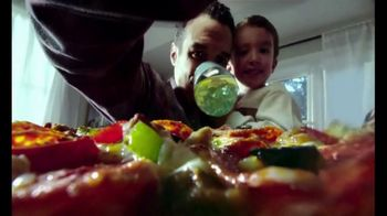 DiGiorno TV Spot, 'Point of View: Get-Togethers' - Thumbnail 6