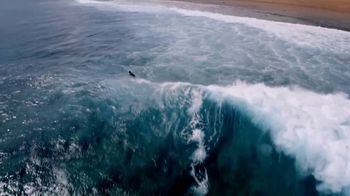 Apple Watch Series 3 TV Spot, 'Surf' Song by Big Wild - Thumbnail 9