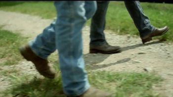 Bayer TV Spot, 'Here's to the Farmer' Featuring Luke Bryan - Thumbnail 5