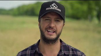 Bayer TV Spot, 'Here's to the Farmer' Featuring Luke Bryan - Thumbnail 7