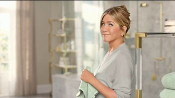 Aveeno TV Spot, 'Un minuto' con Jennifer Aniston [Spanish] - Thumbnail 2
