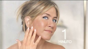 Aveeno TV Spot, 'Un minuto' con Jennifer Aniston [Spanish] - Thumbnail 8