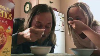 Honey Nut Cheerios TV Spot, 'Good Goes Round: Playing Around'