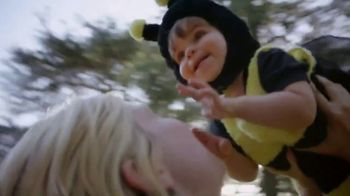 Honey Nut Cheerios TV Spot, 'Good Goes Round: Playing Around' - Thumbnail 7