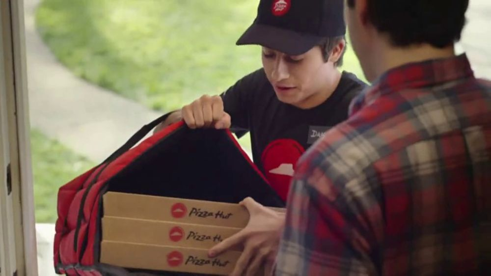 Pizza Hut $7.99 Large Pizza Deal TV Commercial, 'Bring Everyone'