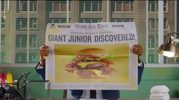 Wendy's Giant Jr. Bacon Cheeseburger TV Spot, 'That Junior's GIANT!' - Thumbnail 2