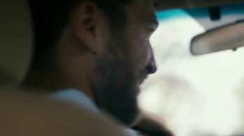 Glade PlugIns Car TV Spot, 'Aventura' [Spanish] - Thumbnail 5