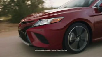 2018 Toyota Camry TV Spot, 'Rebelde' [Spanish] - Thumbnail 2