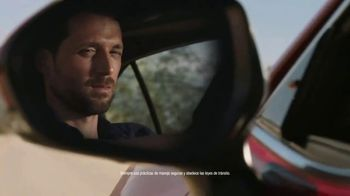 2018 Toyota Camry TV Spot, 'Rebelde' [Spanish] - Thumbnail 4