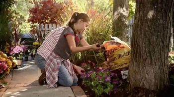The Home Depot TV Spot, 'Welcome Back Fall: Mulch' - Thumbnail 4