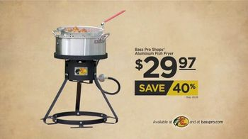 Bass Pro Shops Backyard BBQ Festival TV Spot, 'Henley and Fryer' - Thumbnail 7