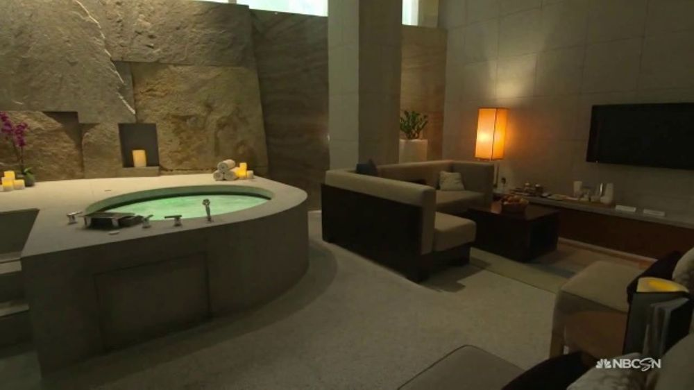 Aria Hotel and Casino TV Commercial, 'Fire Lounge and Salon'