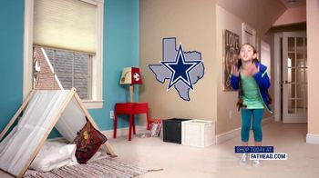 Fathead TV Spot, 'Own the Highlight: Dallas Cowboys' - Thumbnail 6