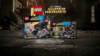 LEGO DC Comics Super Heroes TV Spot, 'Flying Fox' - Thumbnail 8