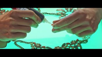 Loctite Super Glue Precision Pen TV Spot, 'Fix It' - Thumbnail 6