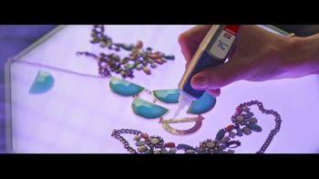 Loctite Super Glue Precision Pen TV Spot, 'Fix It' - Thumbnail 7