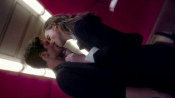 Yves Saint Laurent Mon Paris TV Spot, 'Love' Song by Lee-la Baum - Thumbnail 4