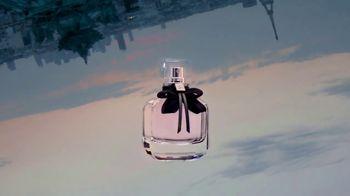 Yves Saint Laurent Mon Paris TV Spot, 'Love' Song by Lee-la Baum - Thumbnail 9