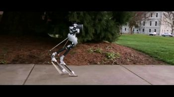 Oregon State University TV Spot, 'A Day in the Life' - Thumbnail 3