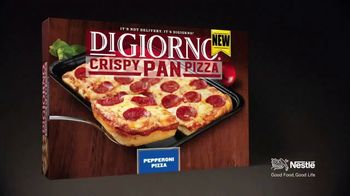 DiGiorno Crispy Pan Pizza TV Spot, 'PAN PAN PAN PAN' [Spanish] - Thumbnail 10