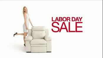 Macy's Labor Day Sale TV Spot, 'Furniture and Rugs' - Thumbnail 2