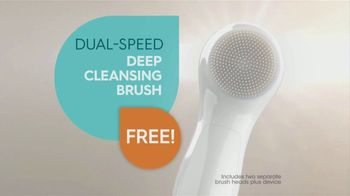 Proactiv Dual-Speed Deep Cleansing Brush TV Spot, 'Extra Clean' - Thumbnail 3