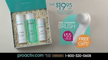 Proactiv Dual-Speed Deep Cleansing Brush TV Spot, 'Extra Clean' - Thumbnail 8