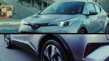 Toyota C-HR TV Spot, 'Comedy Central: Street Comedy' Feat. Clayton English - Thumbnail 3