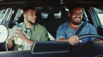 Toyota C-HR TV Spot, 'Comedy Central: Street Comedy' Feat. Clayton English - Thumbnail 9