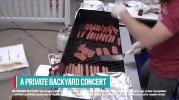 CMT Summer of Music Sweepstakes TV Spot, 'Artist: Seth Ennis' - Thumbnail 9