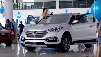 Hyundai Labor Day Sales Event TV Spot, 'Crazy Good' [T2] - Thumbnail 7