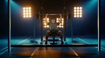 GEICO TV Spot, 'Workout' Featuring Luke Kuechly - Thumbnail 2