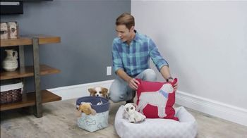 Swiffer TV Spot, 'Ion Television: Furry Friend' Featuring Martin Amado