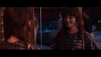 Macy's Friends + Family Event TV Spot, 'Beauty Purchase' - Thumbnail 5
